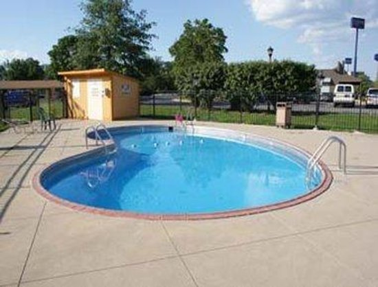 Seymour, IN: Pool