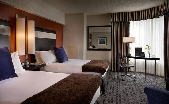 Hotel Deca, Seattle: Two Queen Beds Guestroom