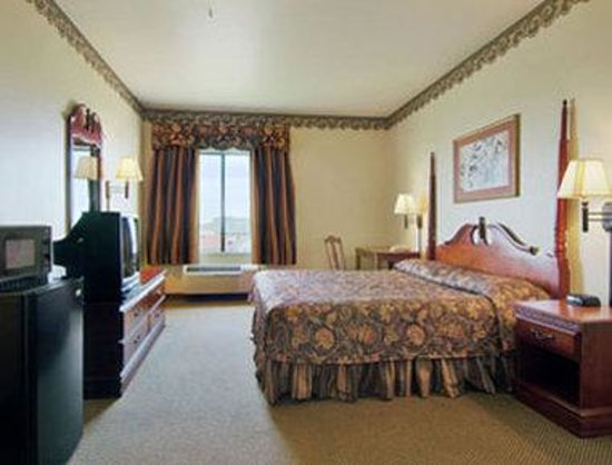 Super 8 Port Arthur: Standard One King Bed Room