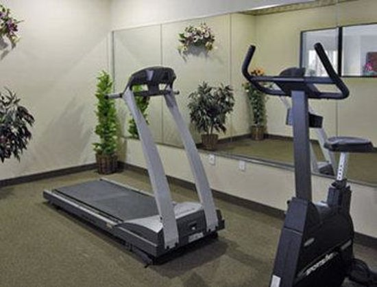 Super 8 Port Arthur: Workout Room