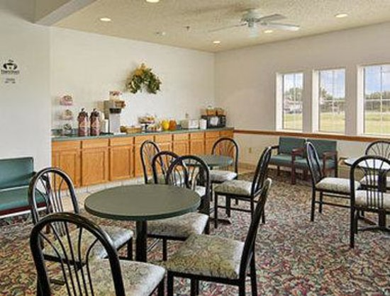Mount Carmel, IL: Breakfast Area
