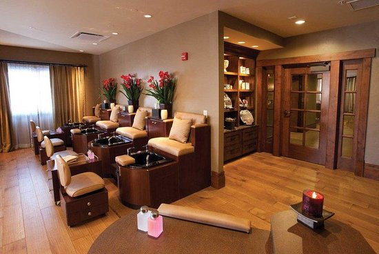 Stein Eriksen Lodge Deer Valley: Manicure & Pedicure Room
