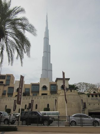 Al Manzil Hotel: Burj khalifa view