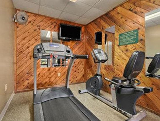 Ramada Limited Lexington: Fitness Center