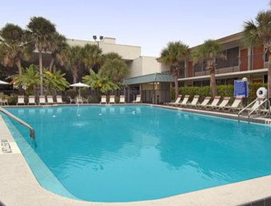 Ramada Gateway Kissimmee: Pool 1