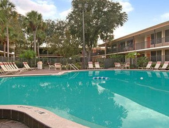 Ramada Gateway Kissimmee: Pool 2