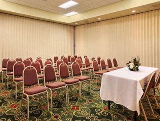 Blacksburg, VA: Meeting Room