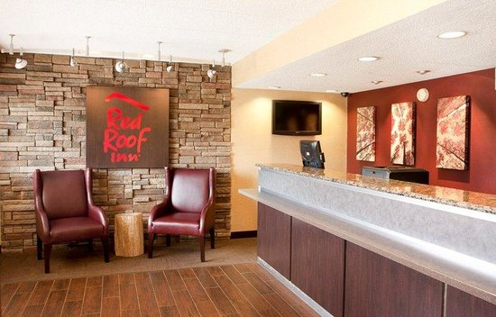 ‪‪Red Roof Inn Rockford‬: Lobby‬