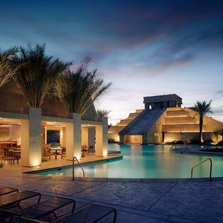 Cancun Resort: Pool