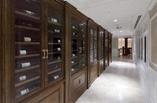 Madison, CT: Wine Cellar