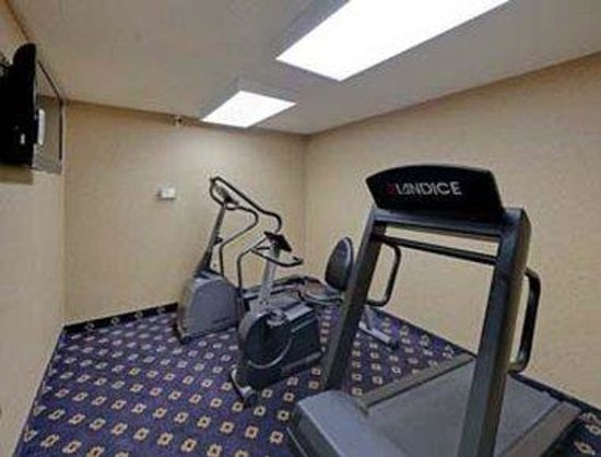 Hawthorn Suites by Wyndham Cincinnati: Workout Room