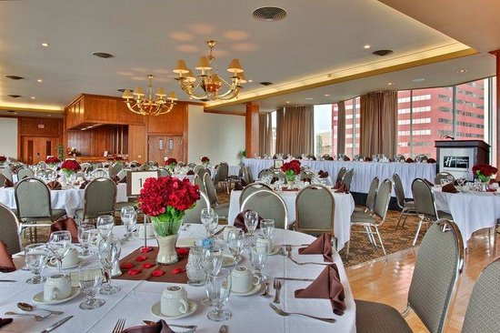 Holiday Inn Express Edmonton Downtown: Great for Weddings and Christmas Parties.