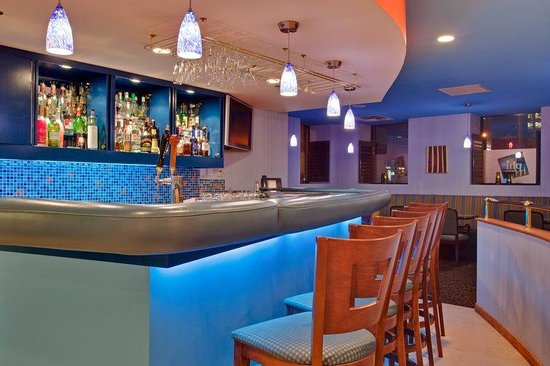 Hotel Indigo: Enjoy a cocktail before heading out on the town