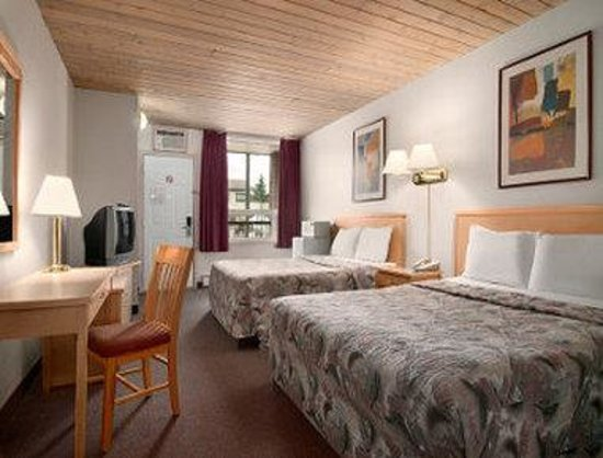Fernie, Kanada: 2 Double Bed Room