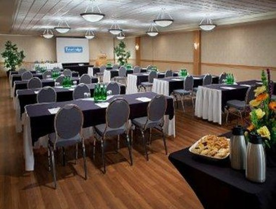 Travelodge Hotel Saskatoon: Banquet Room
