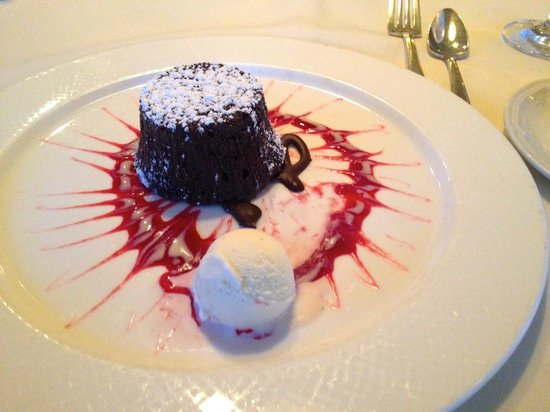 Bedford, NH: Warm Chocolate Fondant