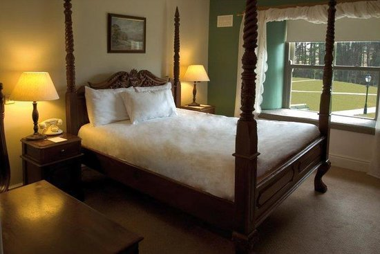 Macreddin Village, Ireland: Guest Room
