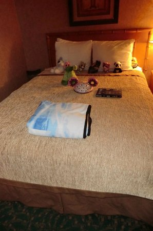 BEST WESTERN PLUS Park Place Inn - Mini Suites: Housekeeping were excellent - not just great cleaning, but arranged toys so nicel