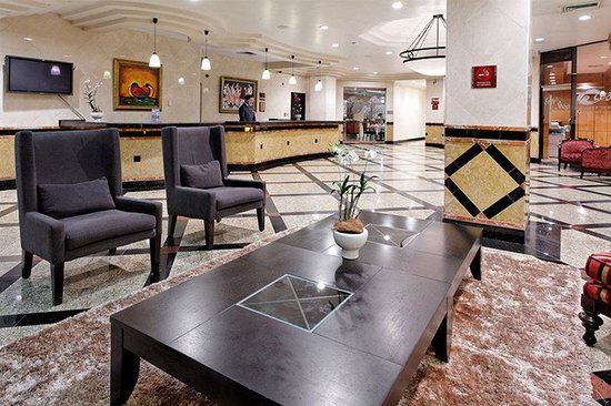 Crowne Plaza Panama: Front Desk