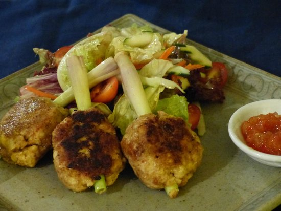 Sojourn Boutique Villas: Yummy entree - Chicken and mango patties