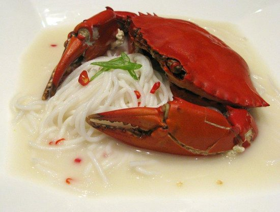Copthorne King's Hotel Singapore: Crab BH