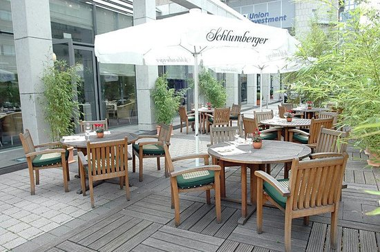 Hotel InterContinental Frankfurt: Summer Terrace Signatures
