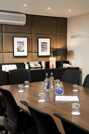 Meeting Room at Crowne Plaza Manchester Airport