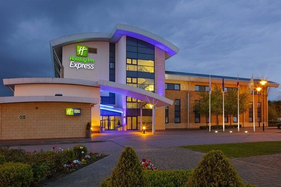 Holiday Inn Express Northampton M1, Jct 15: Our Holiday Inn Express hotel in Northampton