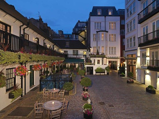 The Stafford London by Kempinski : The Stafford Courtyard