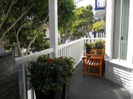 patio at Catalina Island Inn