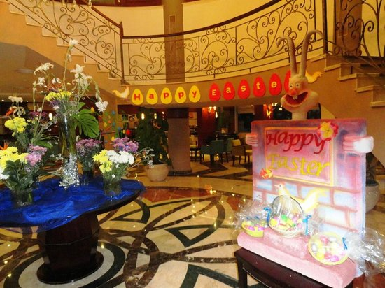 Amwaj Blue Beach Resort & Spa: Easter (ortodox celebrated) decoration