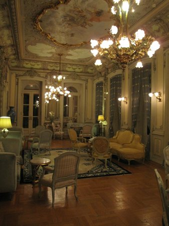 Pestana Palace Hotel & National Monument: Loius XV room (1st floor)