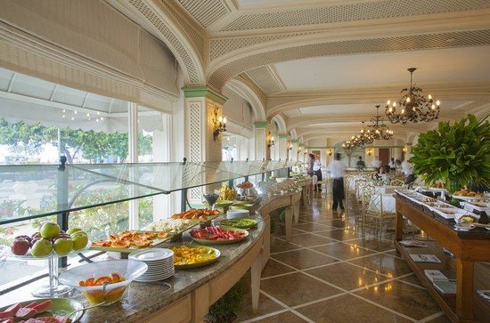 Copacabana Palace Hotel by Orient-Express: Pergula Restaurant