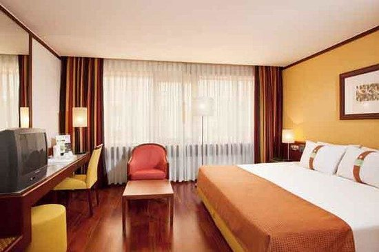 Holiday Inn Lisbon - Continental: Have you checked our pillow menu? Make your choice and sleep well!