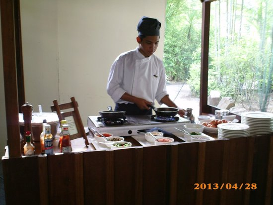 Tanjung Rhu Resort: Station omelette, oeufs brouills, oeufs sur le plat