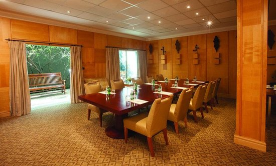 Saxon Boutique Hotel, Villas and Spa: Saxon Conf Boardroom