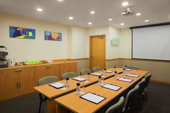 Holiday Inn Express Causeway Bay: Meeting Room
