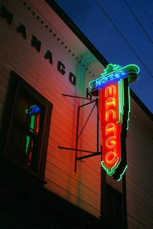 Manago Hotel: Sign at Night