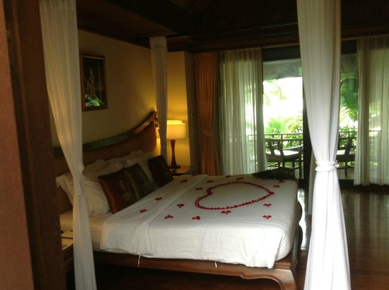 Nora Beach Resort and Spa: The honeymoon suite