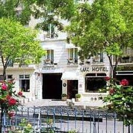 Photo of Lux Hotel Picpus Paris