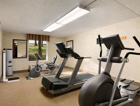 Baymont Inn &amp; Suites Branson-On the Strip: Fitness Center