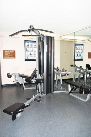 The Hotel Acadiana : Exercise Room