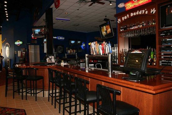 Alexandria, MN: Fat Daddy&#39;s Bar and Grill
