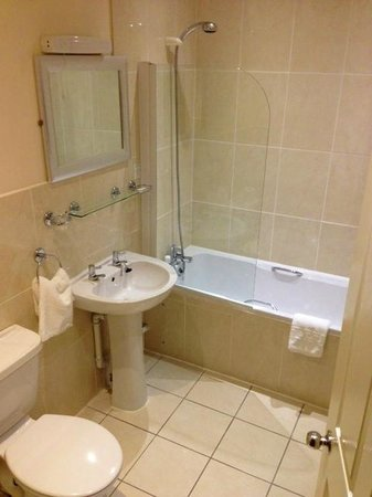 Grimsby, UK : Deluxe Room En-Suite
