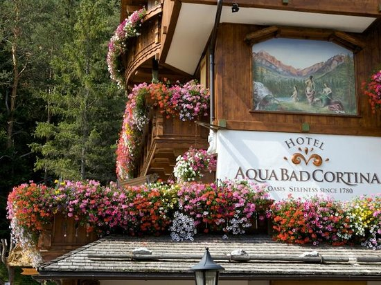 Hotel Aqua Bad Cortina: In bloom