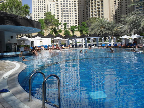 Sheraton Jumeirah Beach Resort: piscina