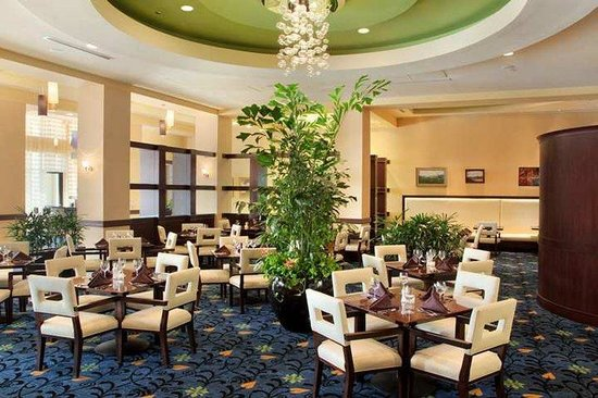 Hilton Asheville Biltmore Park: Restaurant