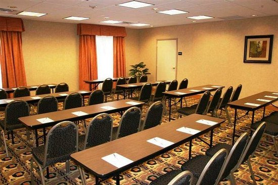 Cedar Rapids, IA: Meeting Room