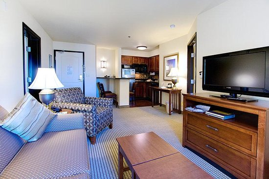 West Valley City, UT: 2 Bedroom Suite