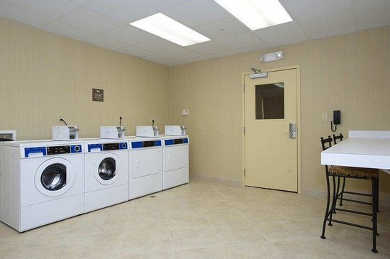 Homewood Suites by Hilton Birmingham-SW-Riverchase-Galleria: Guest Laundry